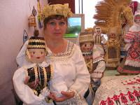 В коллекции Евгении Шадриной около ста кукол